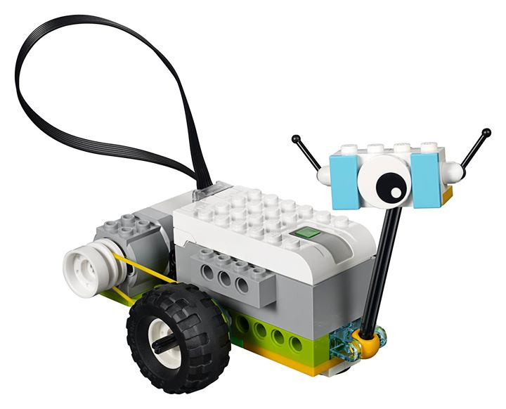 Robotics with lego workshop in may, summer camps in bangalore in may for boys