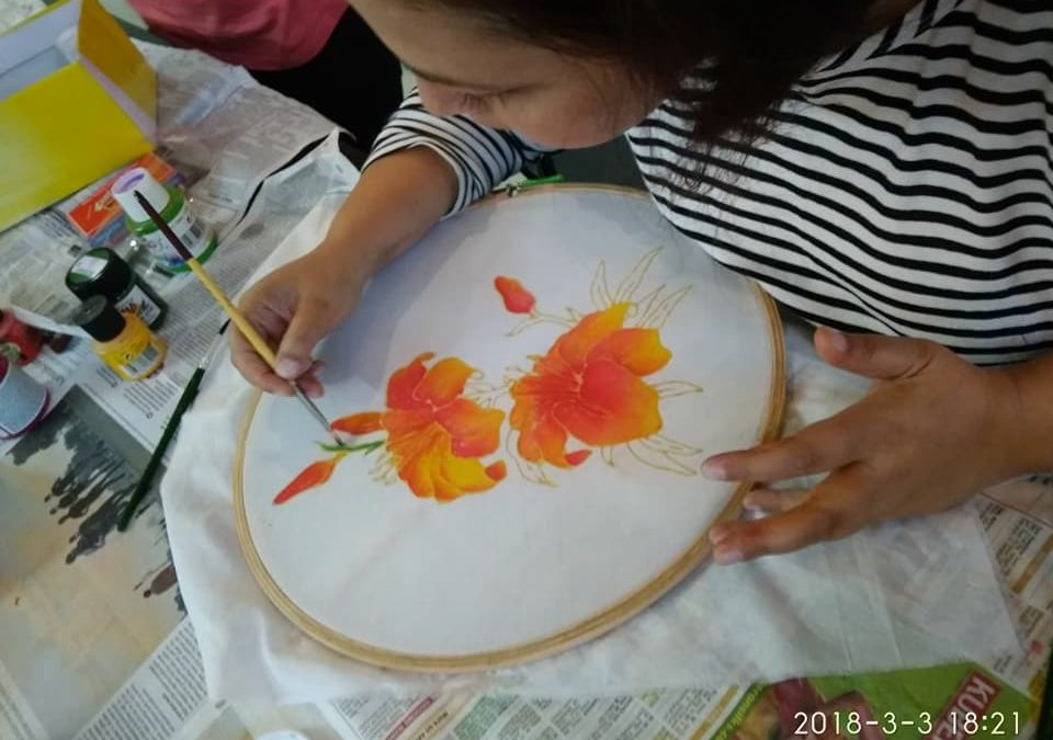 Silk Painting – A Beginner workshop on Textile craft in Bangalore