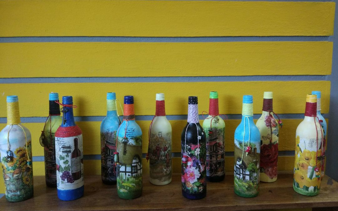 Decoupage Bottle Art workshop – for Beginner in Bangalore