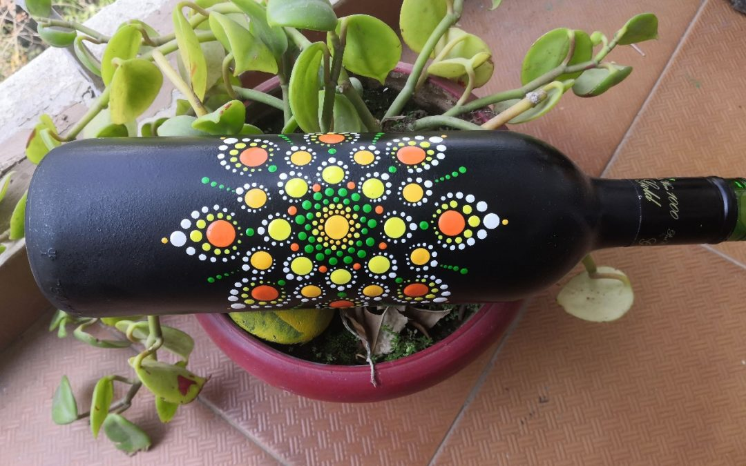 Dot Mandala on Bottles – Beginners workshop in Bangalore