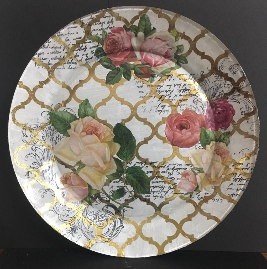 Decoupage on glass plate