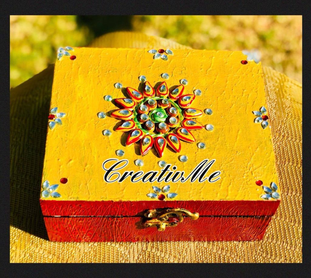 Kundan boxes with gift workshop