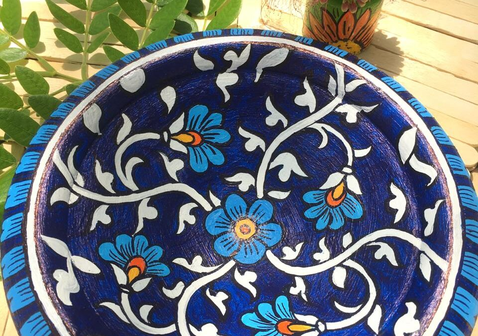 Faux Blue Pottery – Online Session